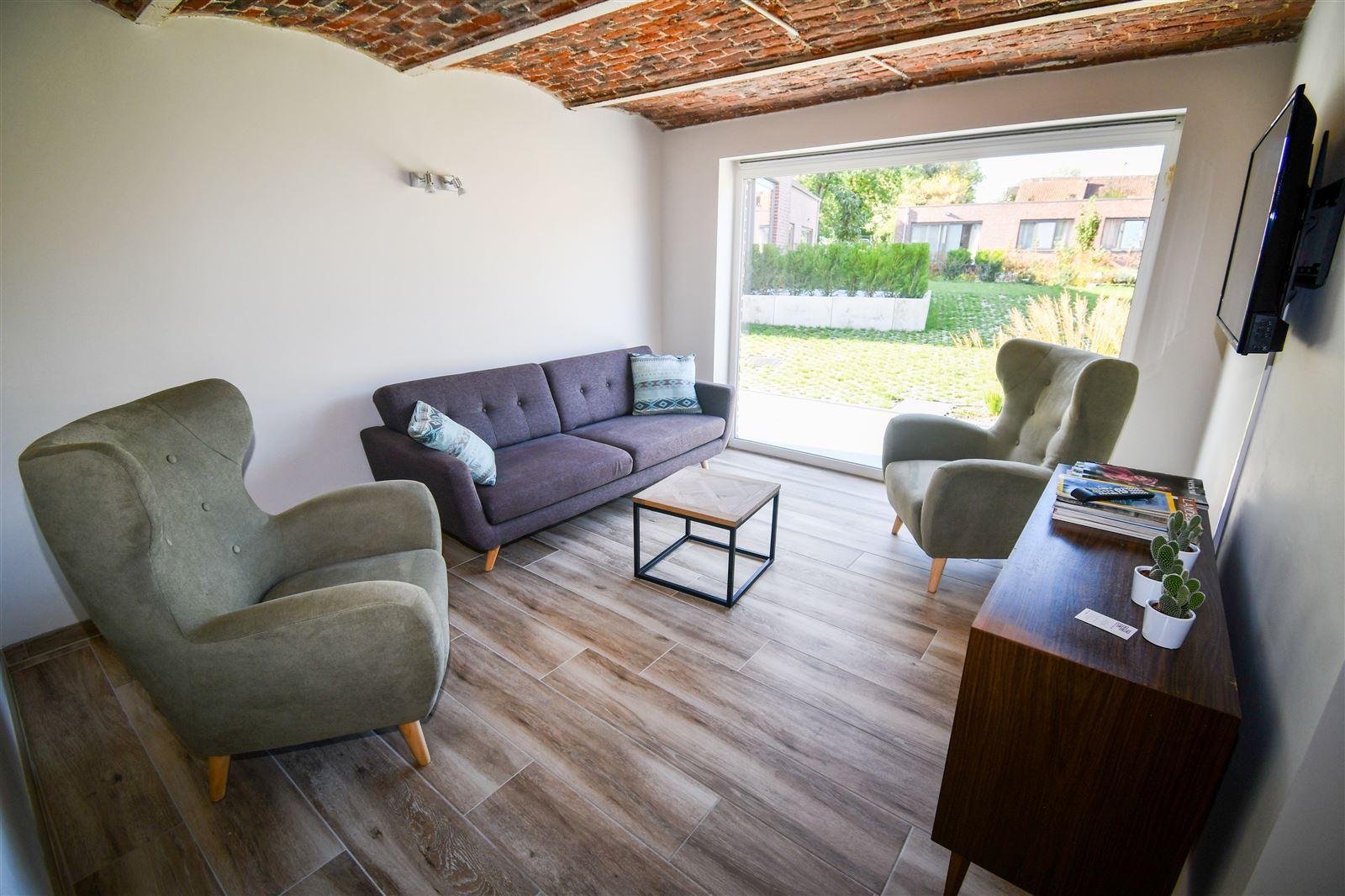 FOTO'S 4 : Appartement te 1750 EIZERINGEN (België) - Prijs € 953