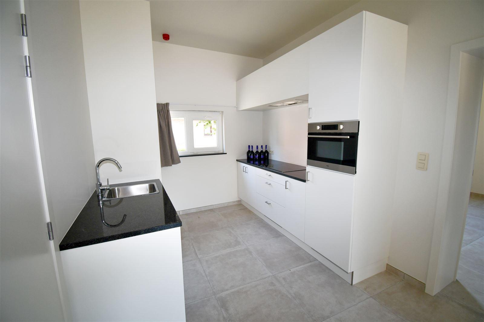 FOTO'S 7 : Appartement te 1750 EIZERINGEN (België) - Prijs € 953