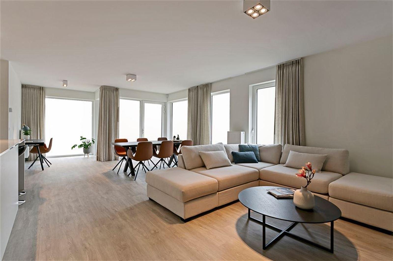 FOTO'S 2 : Appartement te 1500 HALLE (België) - Prijs € 346.605