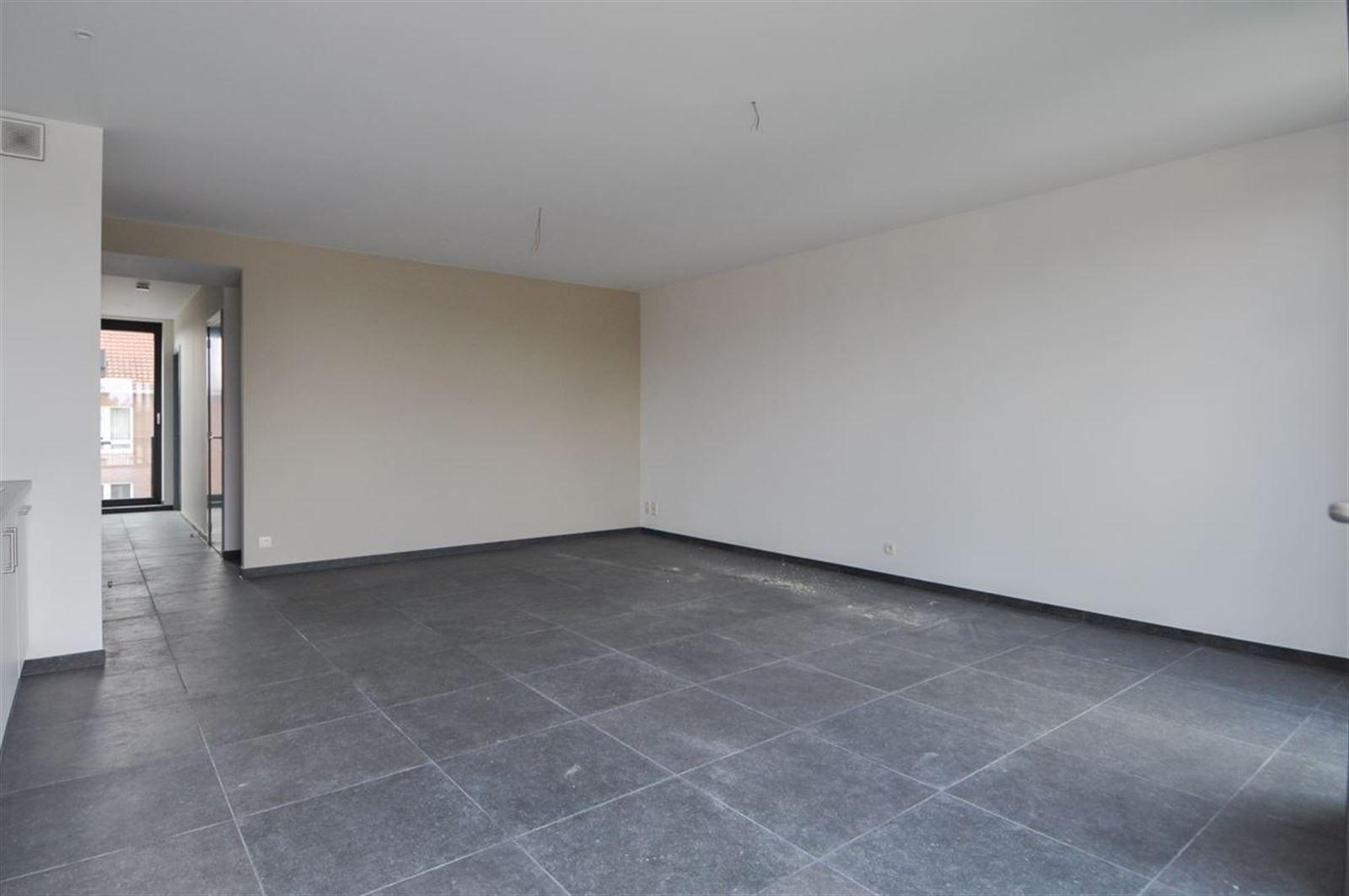 FOTO'S 2 : Appartement te 1600 SINT-PIETERS-LEEUW (België) - Prijs € 790
