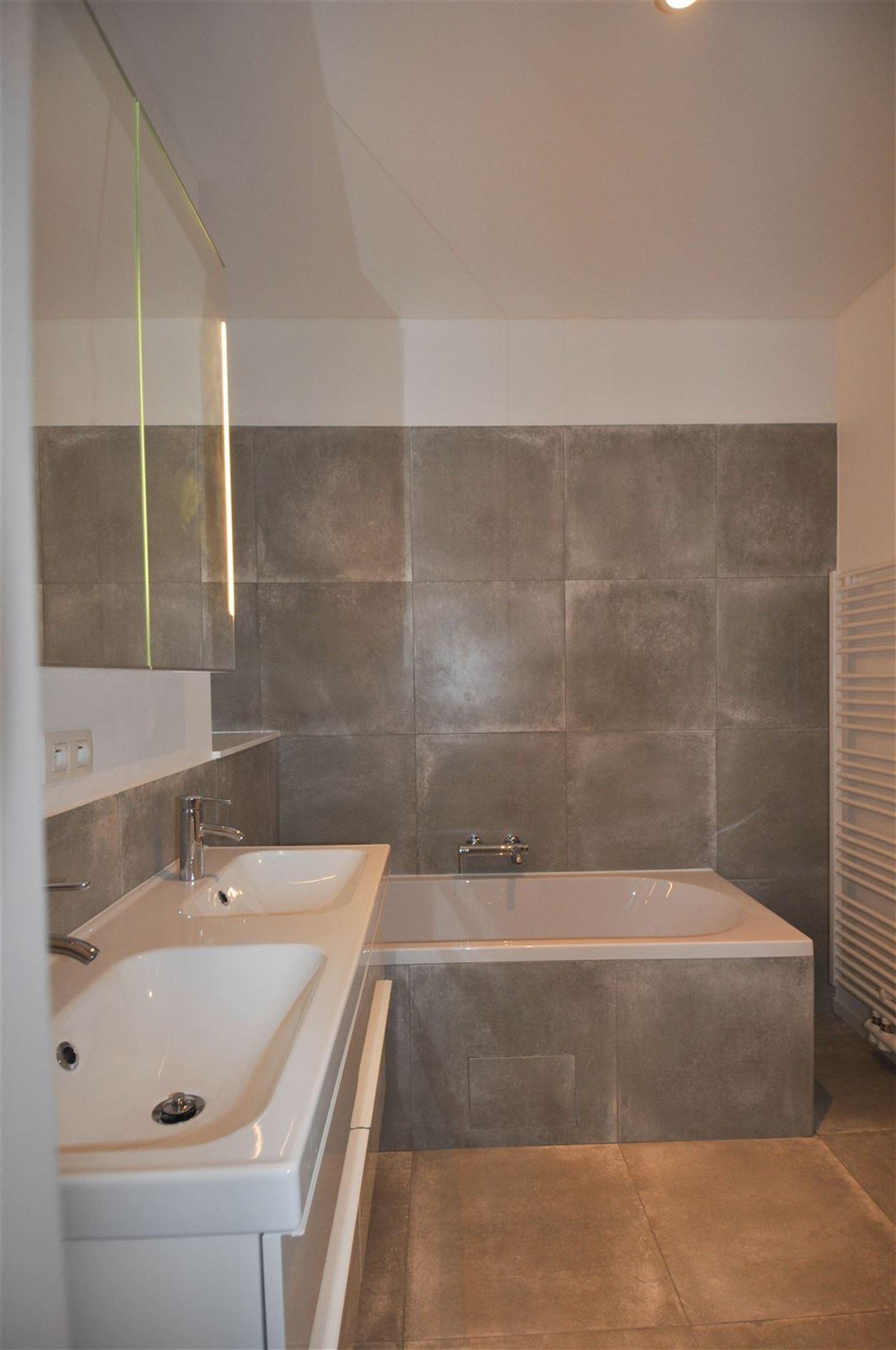FOTO'S 17 : Appartement te 1640 SINT-GENESIUS-RODE (België) - Prijs € 1.050