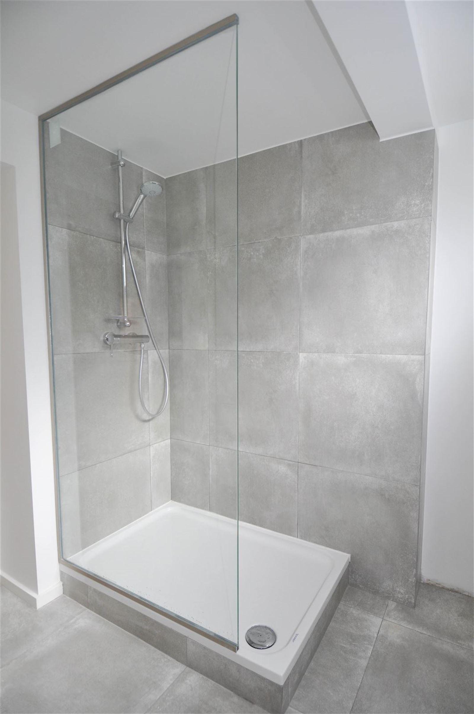 FOTO'S 11 : Appartement te 1640 SINT-GENESIUS-RODE (België) - Prijs € 1.050