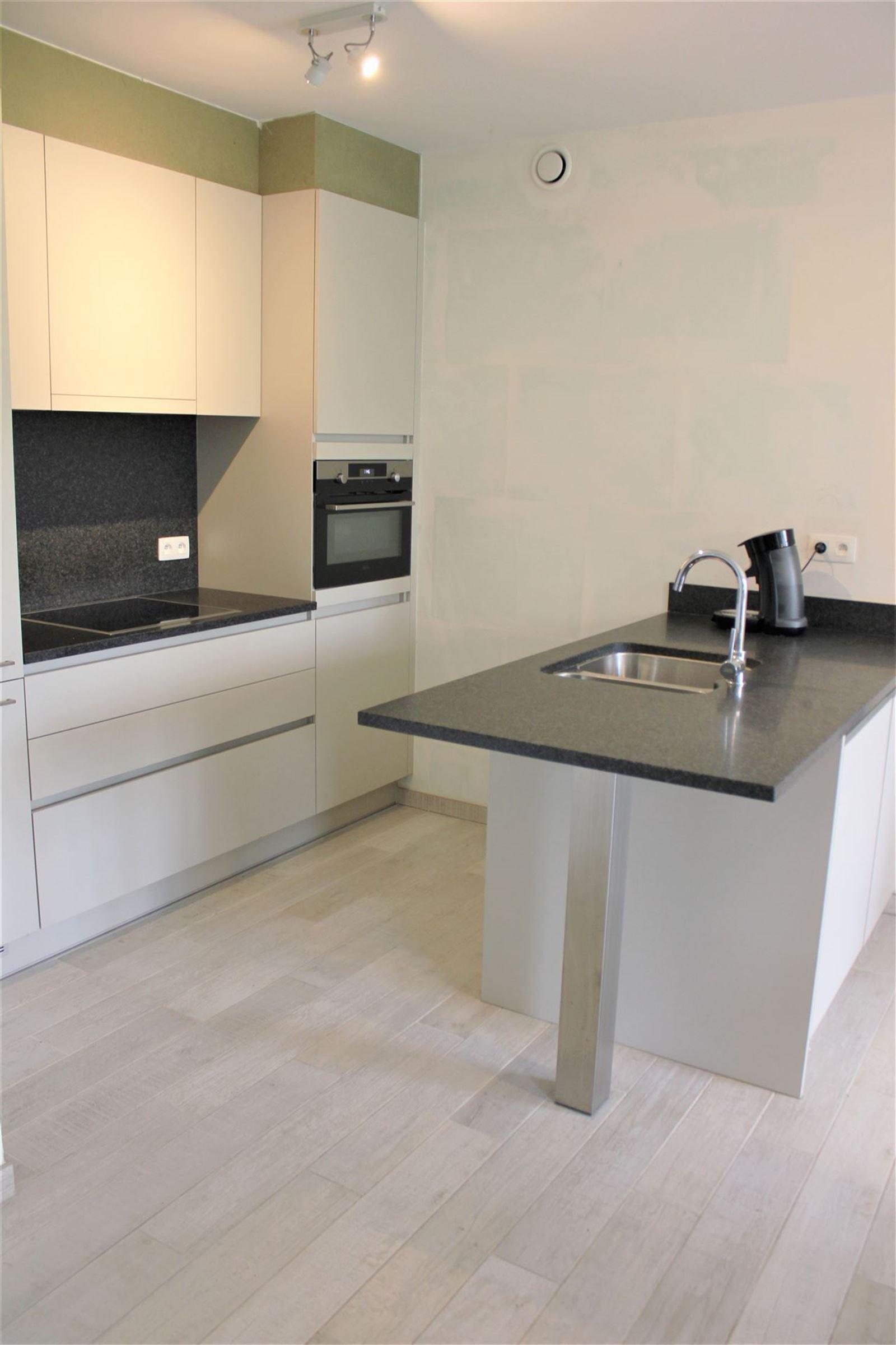 FOTO'S 8 : Appartement te 1500 HALLE (België) - Prijs € 199.500