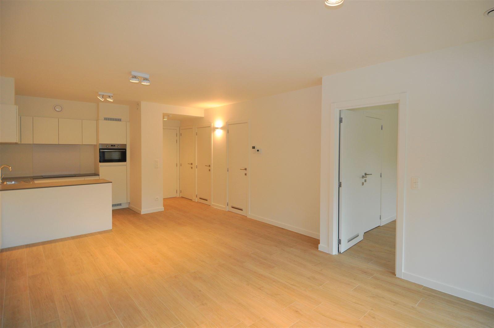 FOTO'S 2 : Appartement te 1640 SINT-GENESIUS-RODE (België) - Prijs € 750