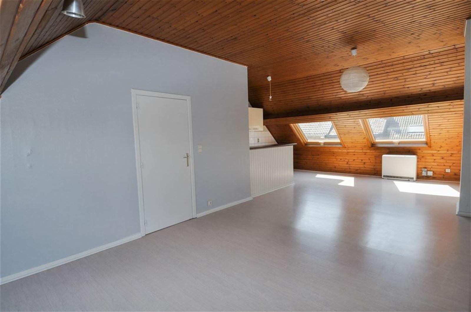 FOTO'S 3 : Appartement te 1500 HALLE (België) - Prijs € 720