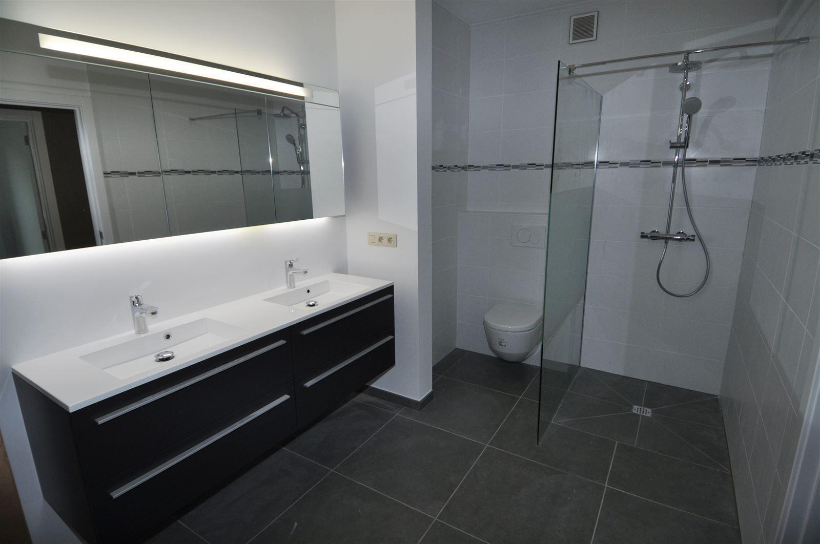 FOTO'S 8 : Appartement te 1500 HALLE (België) - Prijs € 1.200