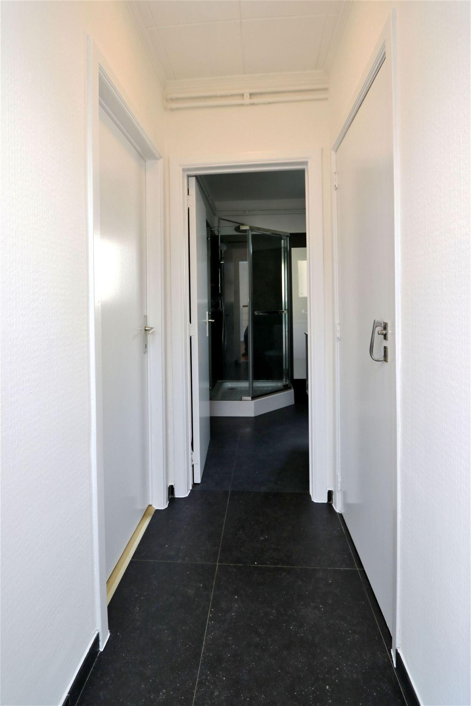 FOTO'S 3 : Appartement te 1601 RUISBROEK (België) - Prijs € 630