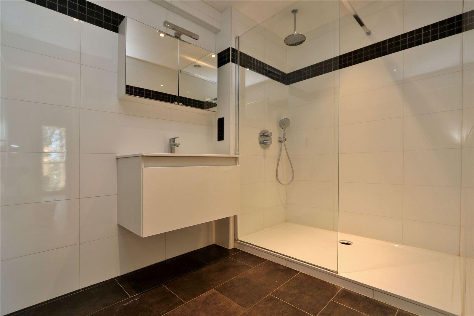 FOTO'S 10 : Appartement te 1500 HALLE (België) - Prijs € 890