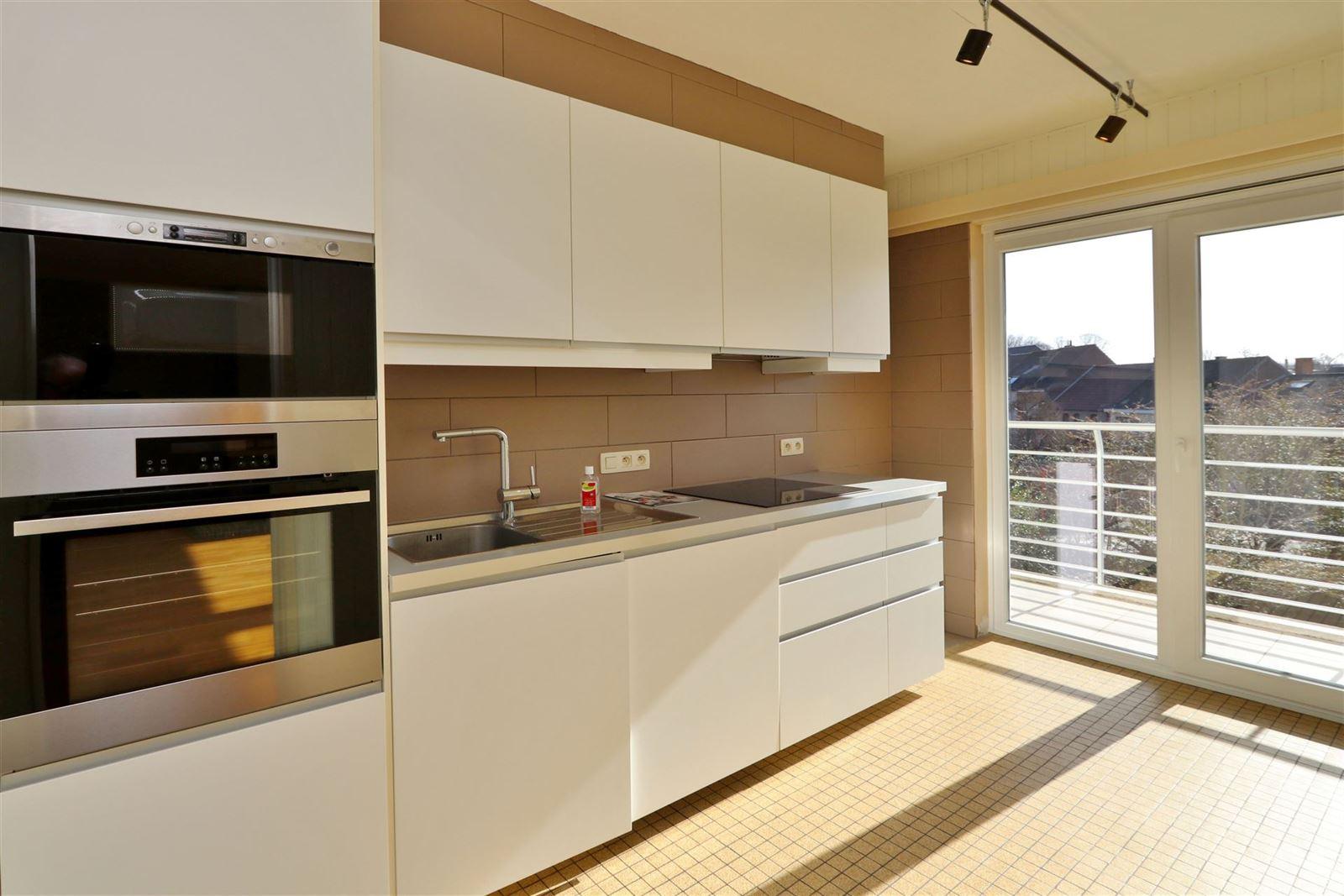 FOTO'S 12 : Appartement te 1500 HALLE (België) - Prijs € 890