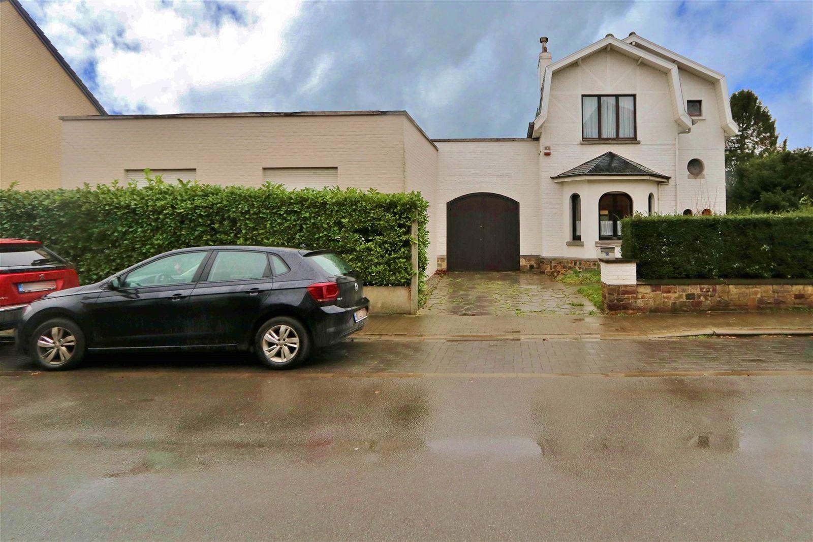 FOTO'S 1 : Appartementsgebouw te 1650 BEERSEL (België) - Prijs € 535.000