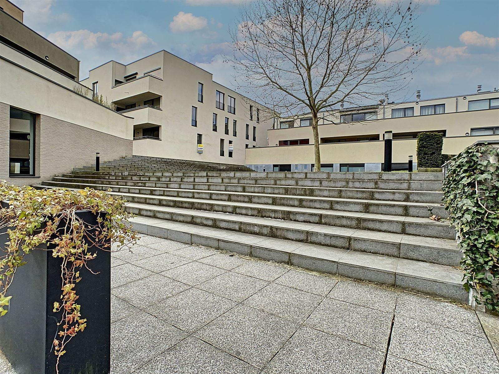 FOTO'S 24 : Appartement te 1650 BEERSEL (België) - Prijs € 469.000