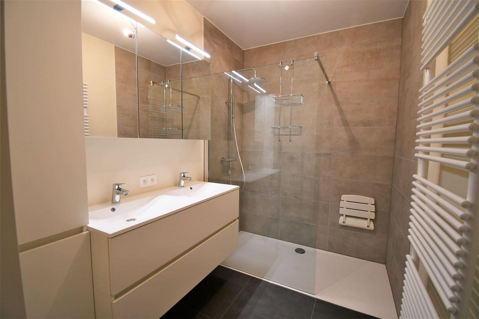 FOTO'S 9 : Appartement te 1500 HALLE (België) - Prijs € 940