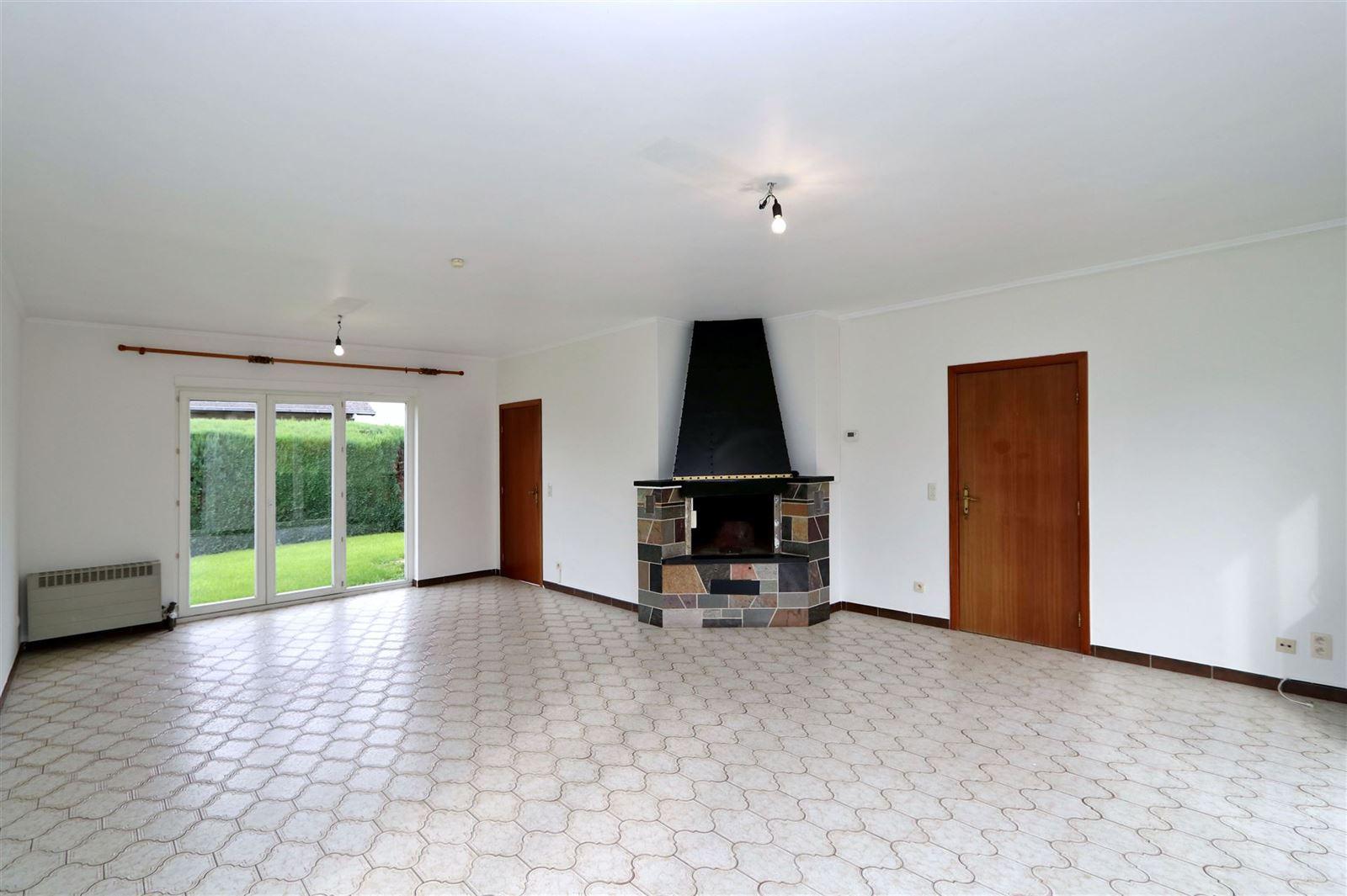 FOTO'S 3 : Villa te 1650 BEERSEL (België) - Prijs € 1.450