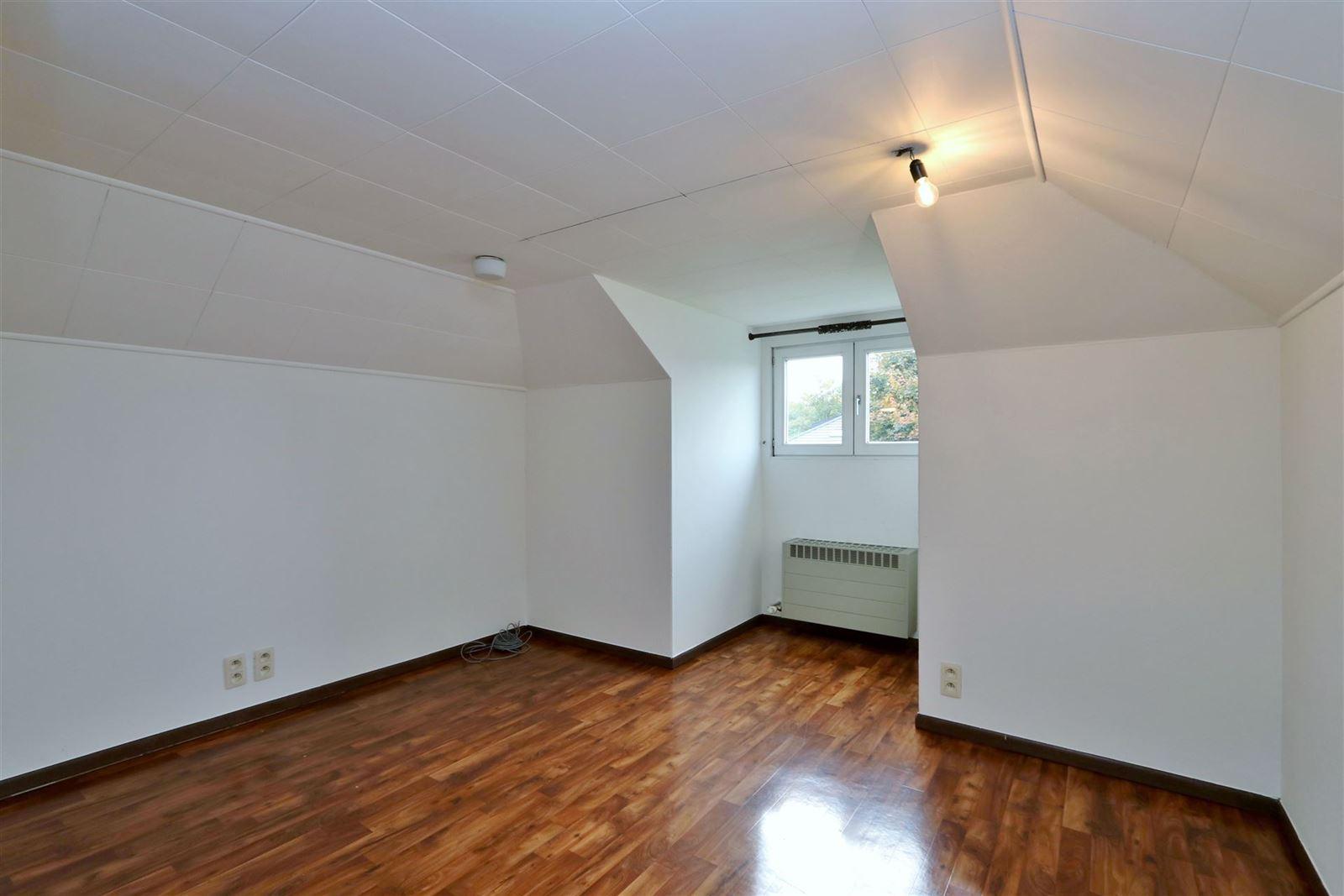 FOTO'S 9 : Villa te 1650 BEERSEL (België) - Prijs € 1.300