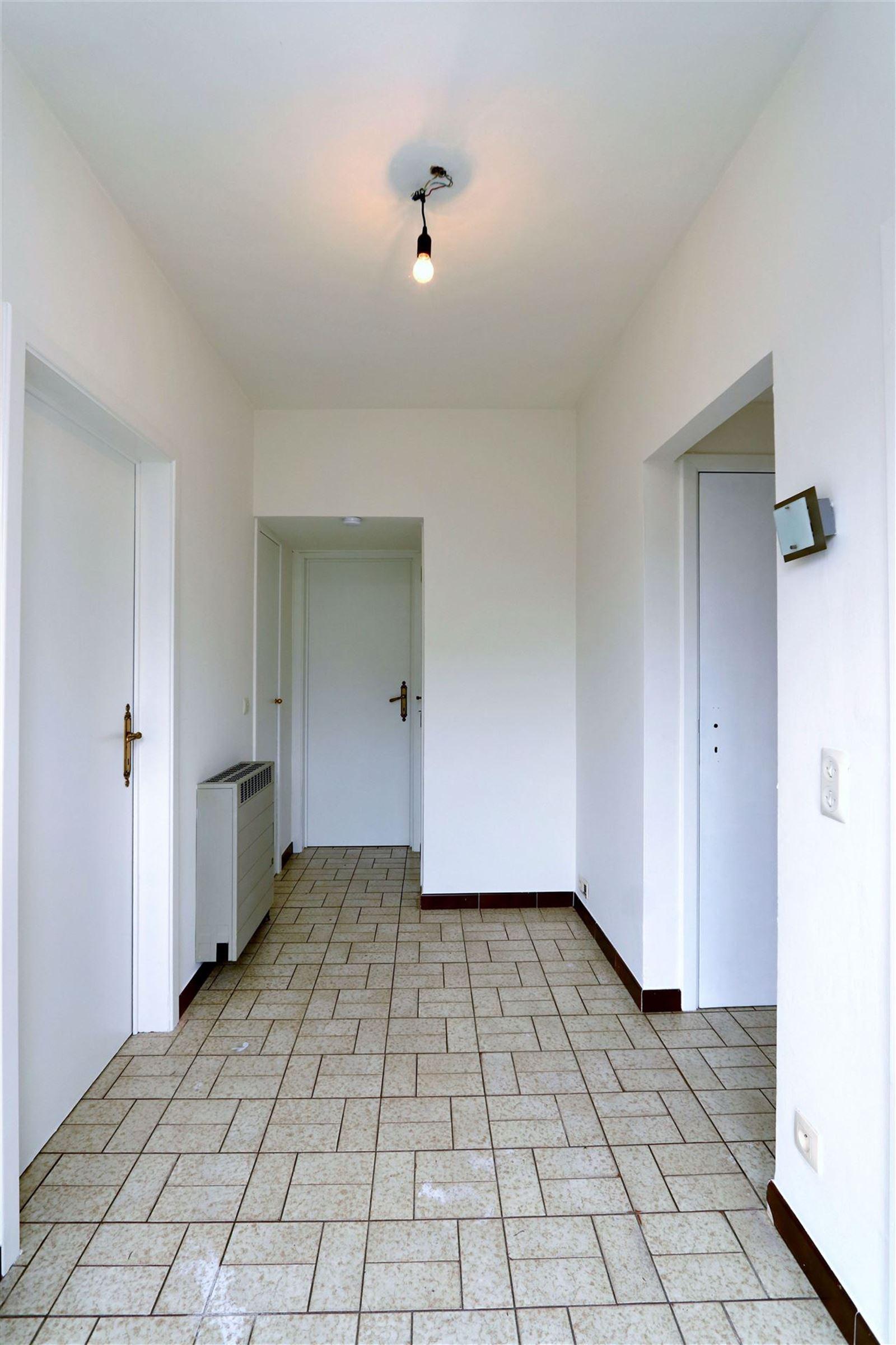 FOTO'S 5 : Villa te 1650 BEERSEL (België) - Prijs € 1.300