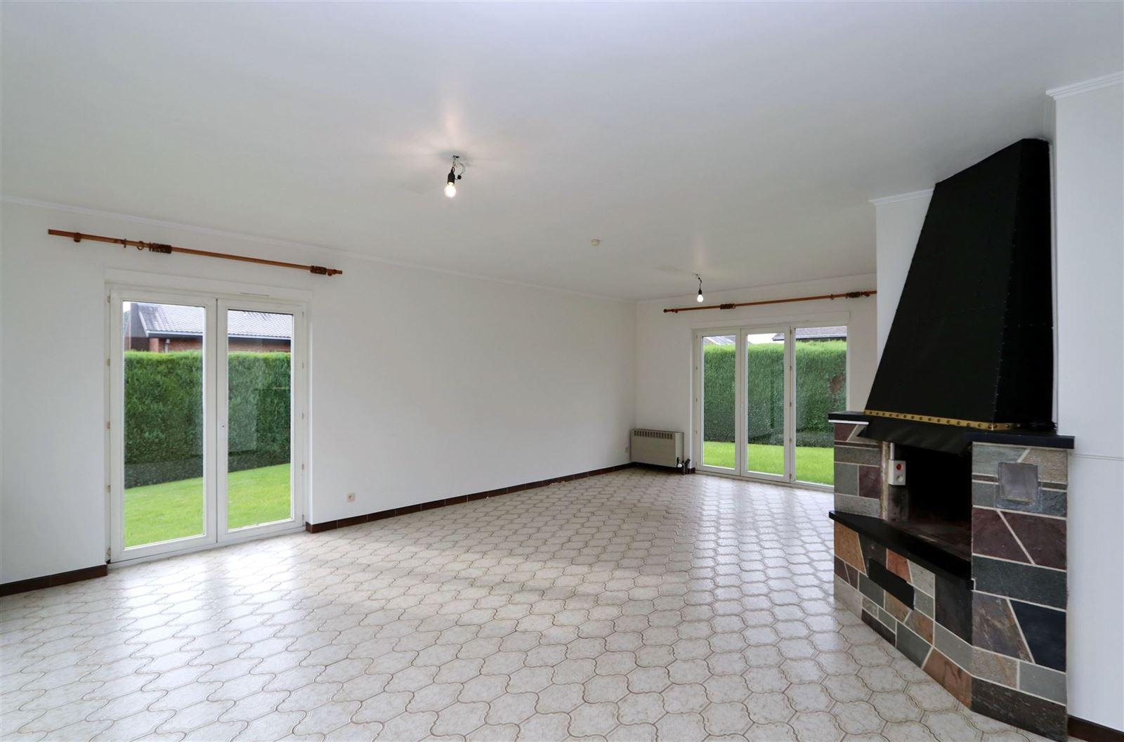 FOTO'S 2 : Villa te 1650 BEERSEL (België) - Prijs € 1.450