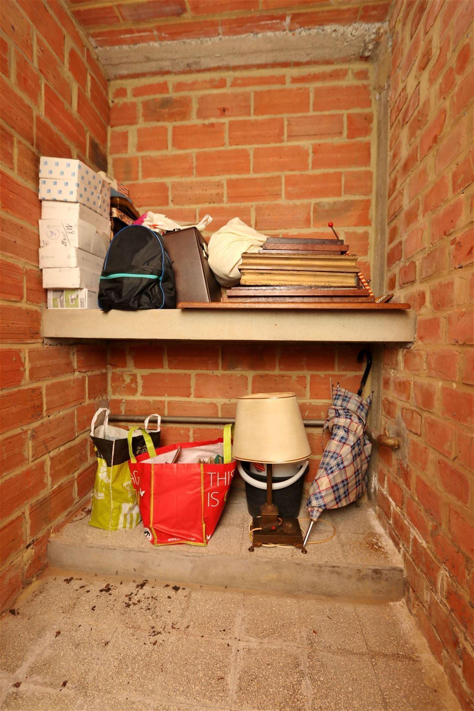 FOTO'S 22 : Appartement te 1630 LINKEBEEK (België) - Prijs € 290.000