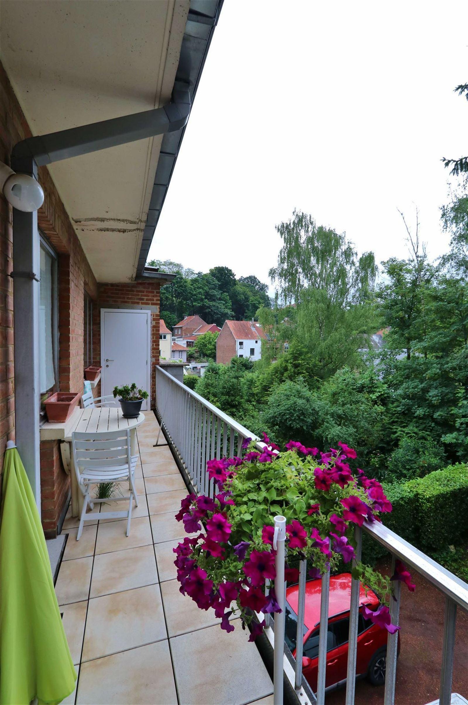 FOTO'S 11 : Appartement te 1630 LINKEBEEK (België) - Prijs € 290.000