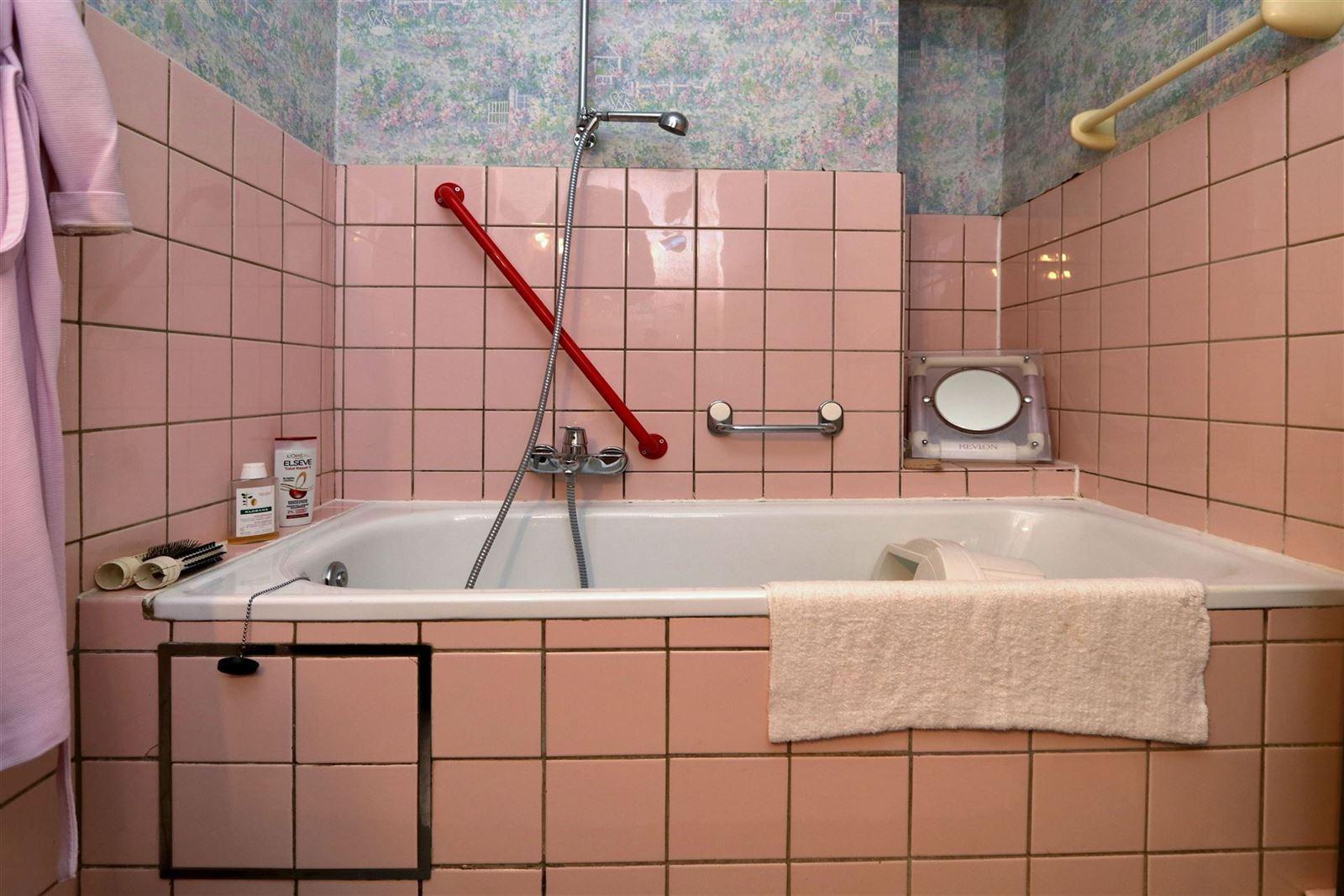 FOTO'S 16 : Appartement te 1630 LINKEBEEK (België) - Prijs € 290.000