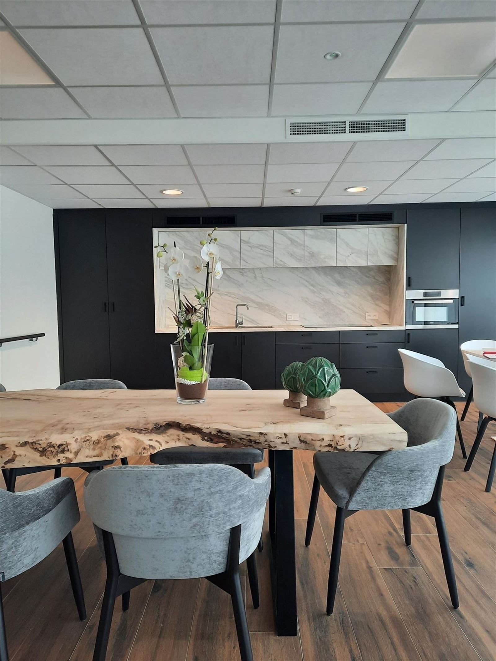 FOTO'S 3 : Appartement te 1670 PEPINGEN (België) - Prijs € 1.560