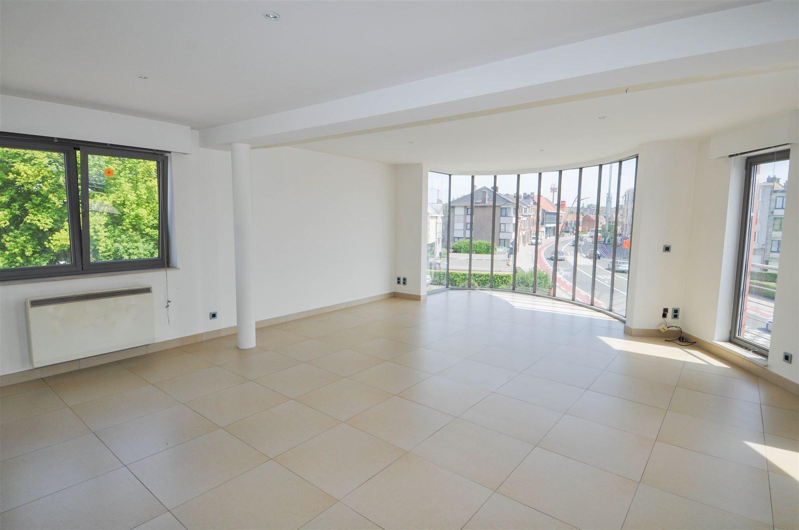 FOTO'S 3 : Appartement te 1500 HALLE (België) - Prijs € 850