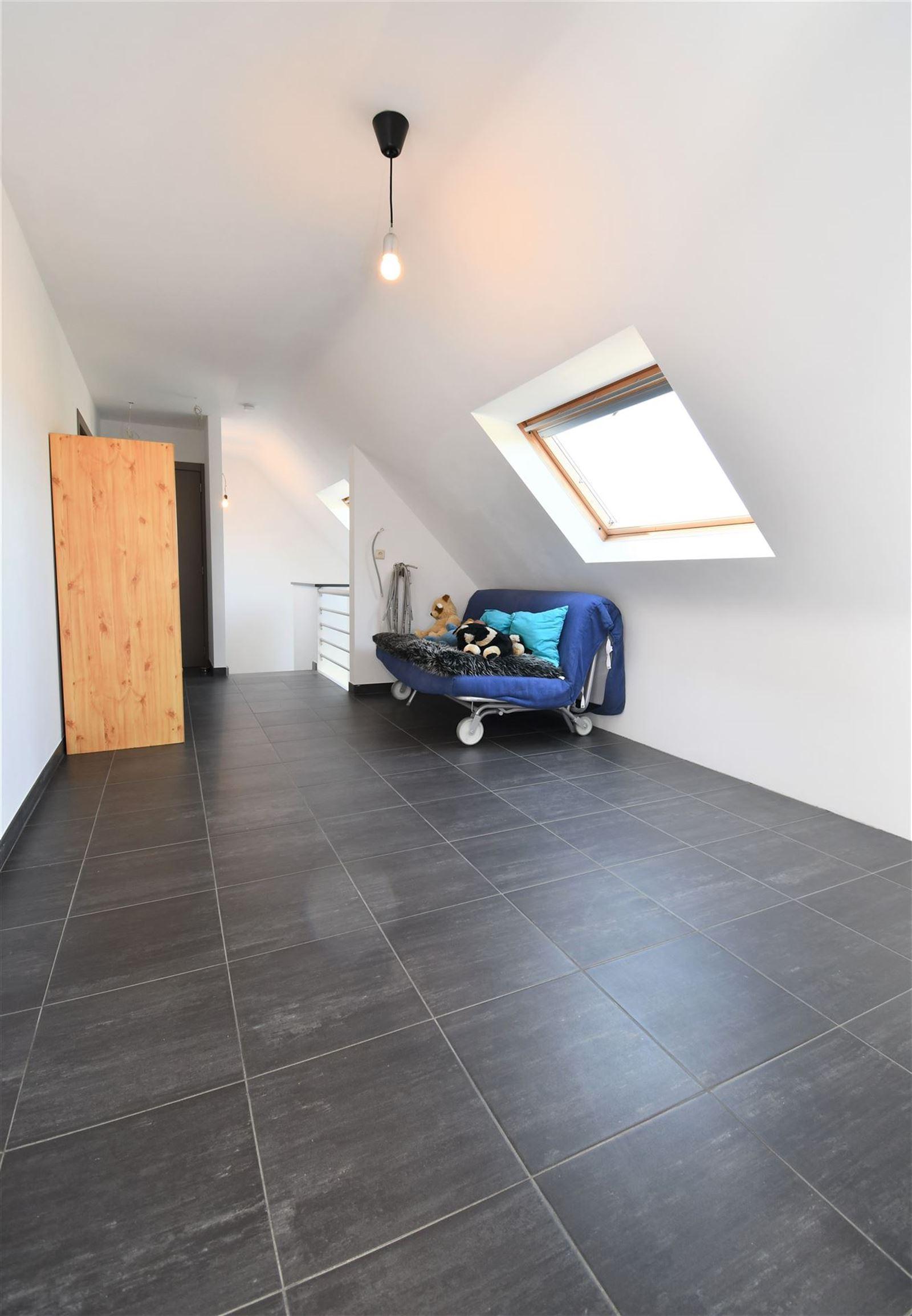 PHOTOS 10 : Maison à 1750 SINT-KWINTENS-LENNIK (Belgique) - Prix 545.000 €