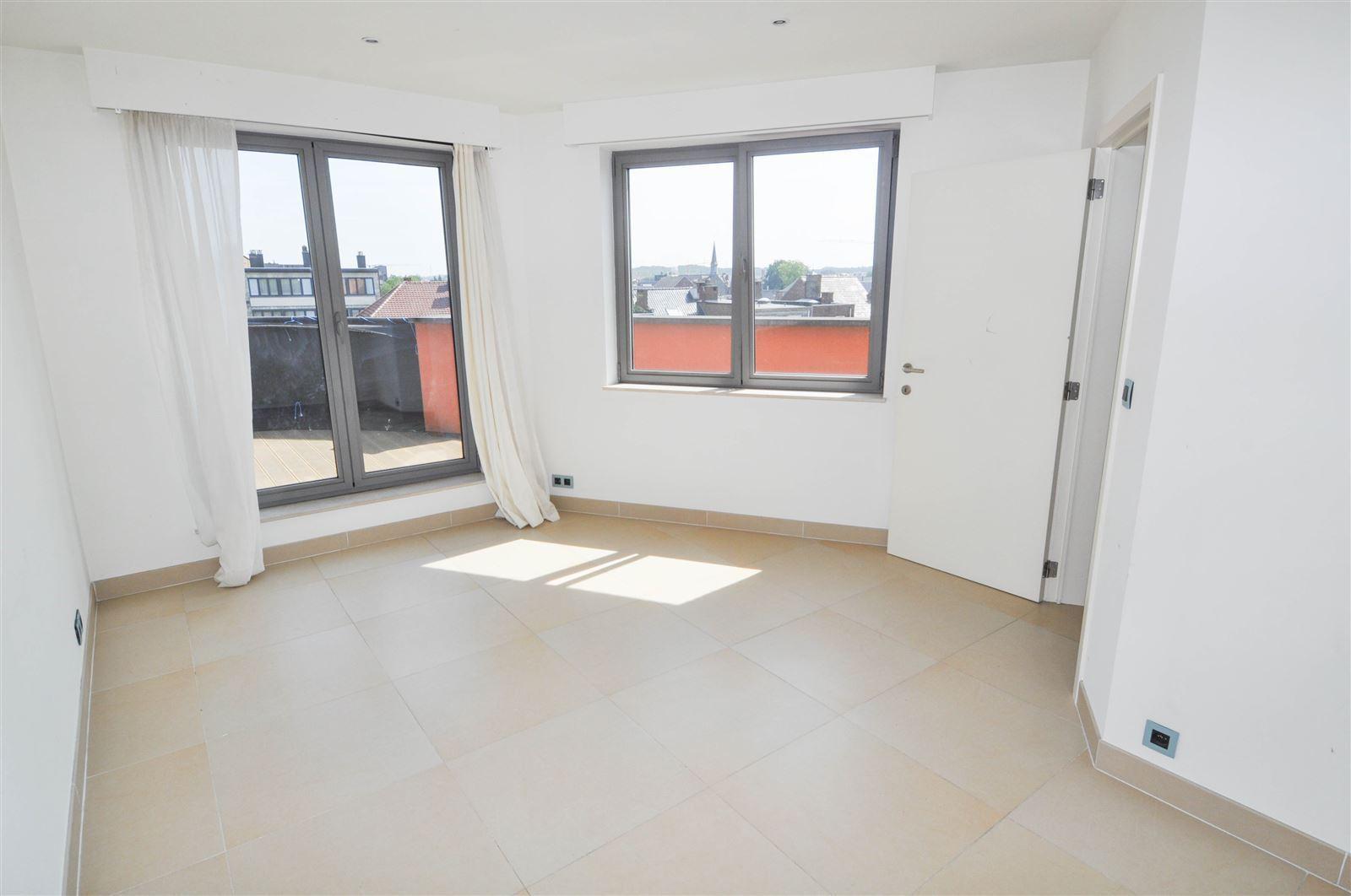 FOTO'S 13 : Appartement te 1500 HALLE (België) - Prijs € 850