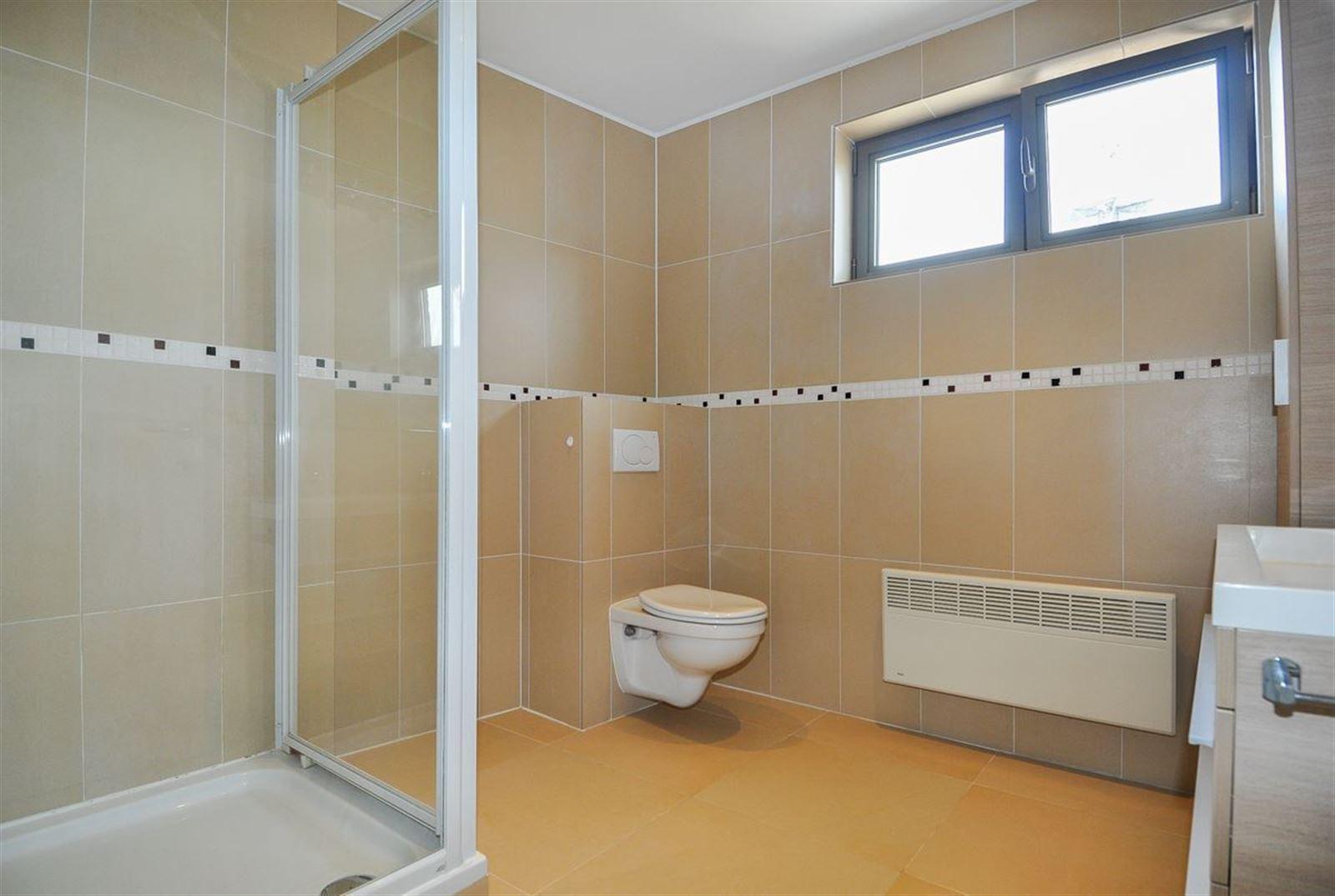 FOTO'S 10 : Appartement te 1500 HALLE (België) - Prijs € 850