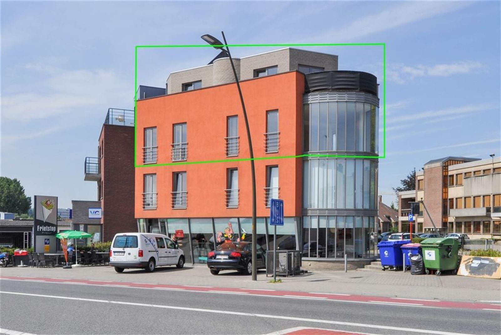FOTO'S 1 : Appartement te 1500 HALLE (België) - Prijs € 850
