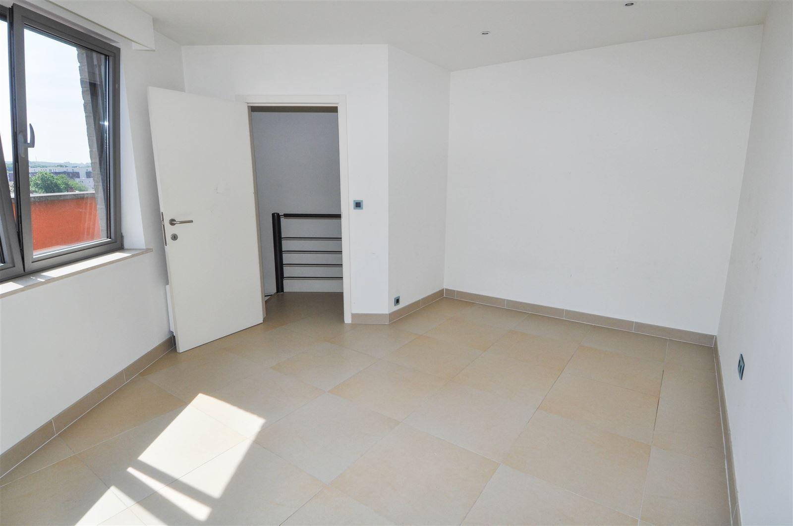 FOTO'S 14 : Appartement te 1500 HALLE (België) - Prijs € 850