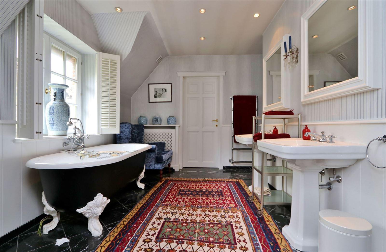 PHOTOS 24 : Maison à 1640 RHODE-SAINT-GENESE (Belgique) - Prix 1.500.000 €