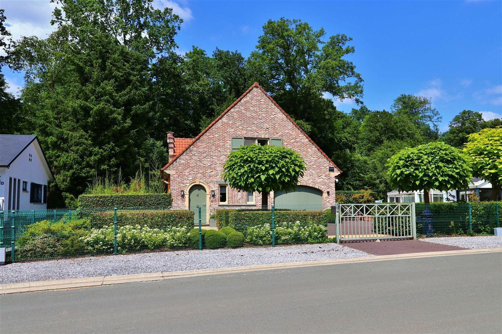 PHOTOS 1 : Maison à 1653 DWORP (Belgique) - Prix 719.000 €