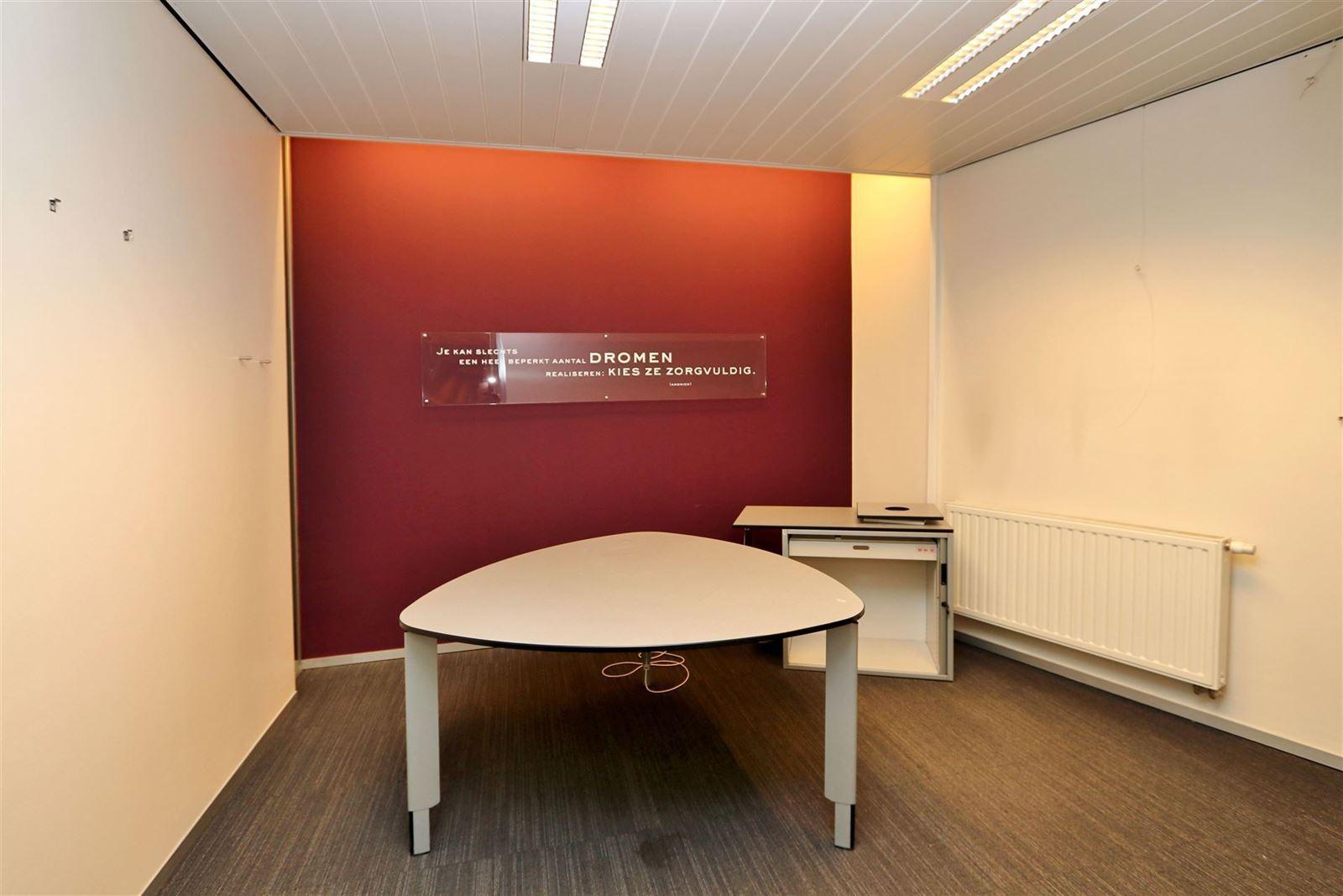 FOTO'S 10 : Handelspand te 1650 BEERSEL (België) - Prijs € 499.000