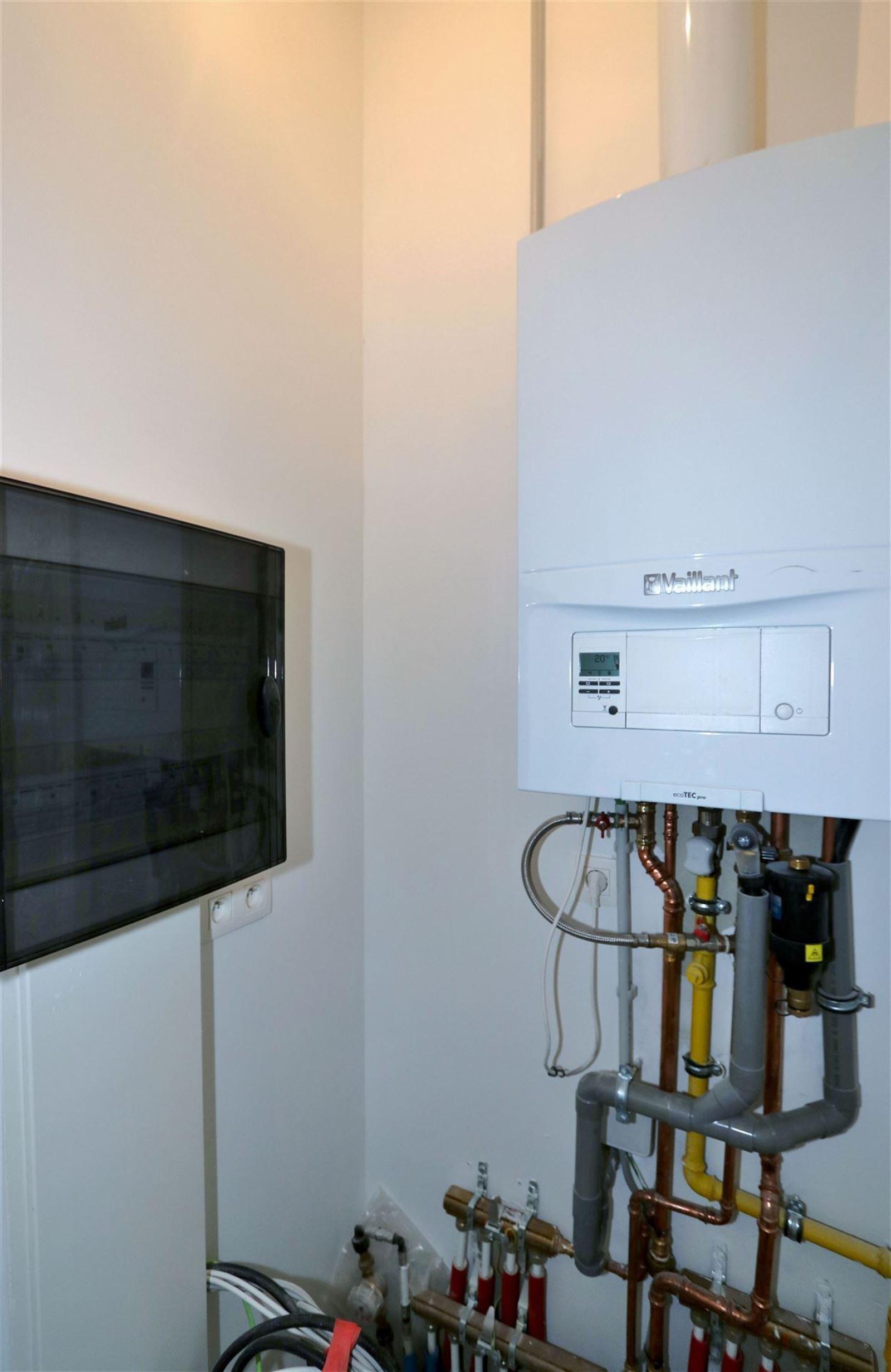 FOTO'S 22 : Appartement te 1651 LOT (België) - Prijs € 295.000