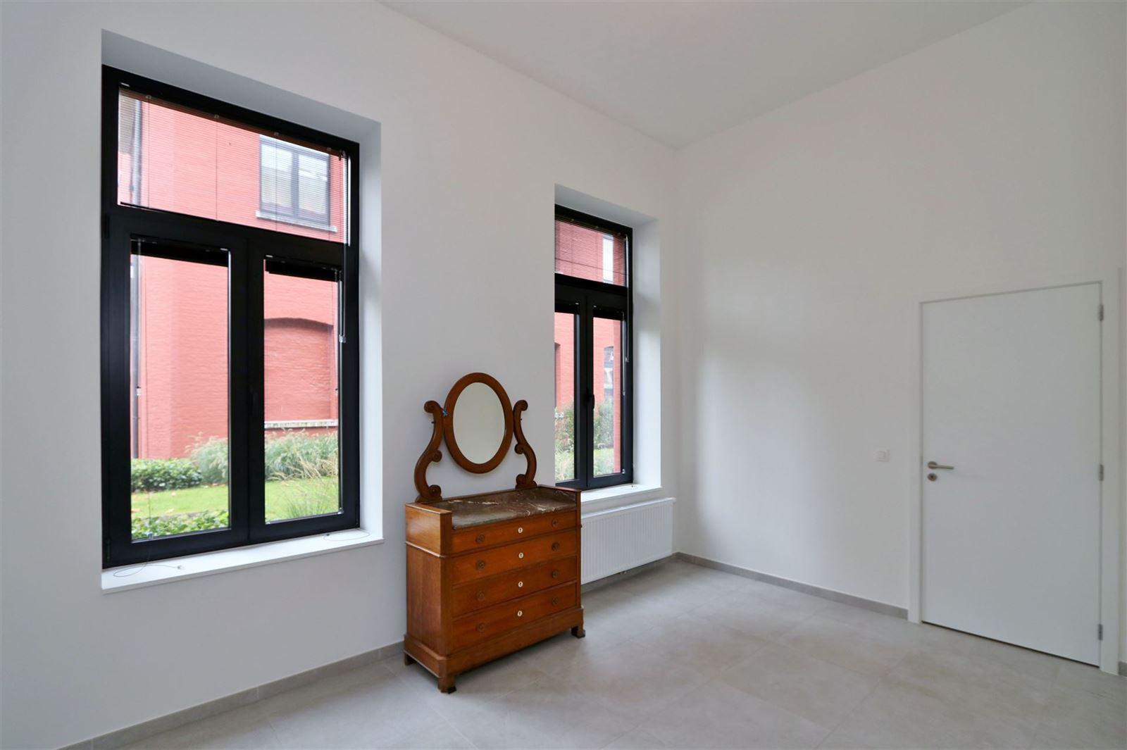FOTO'S 10 : Appartement te 1651 LOT (België) - Prijs € 295.000