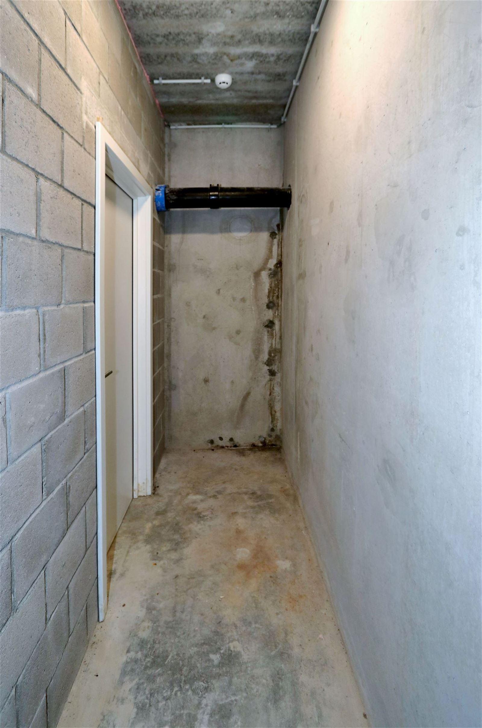 FOTO'S 21 : Appartement te 1651 LOT (België) - Prijs € 295.000