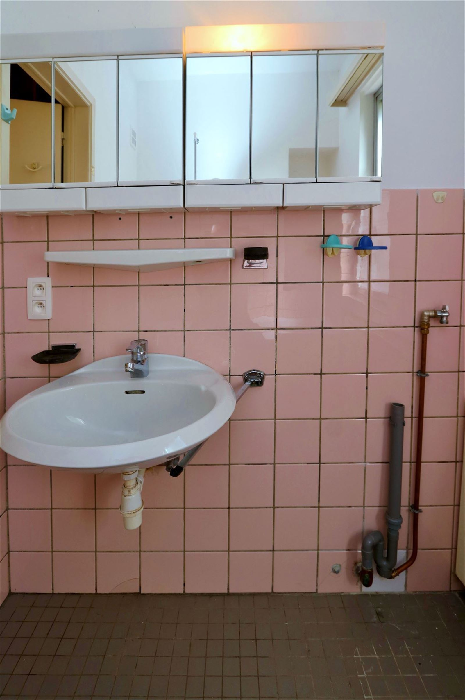 FOTO'S 14 : Appartement te 1630 LINKEBEEK (België) - Prijs € 278.000
