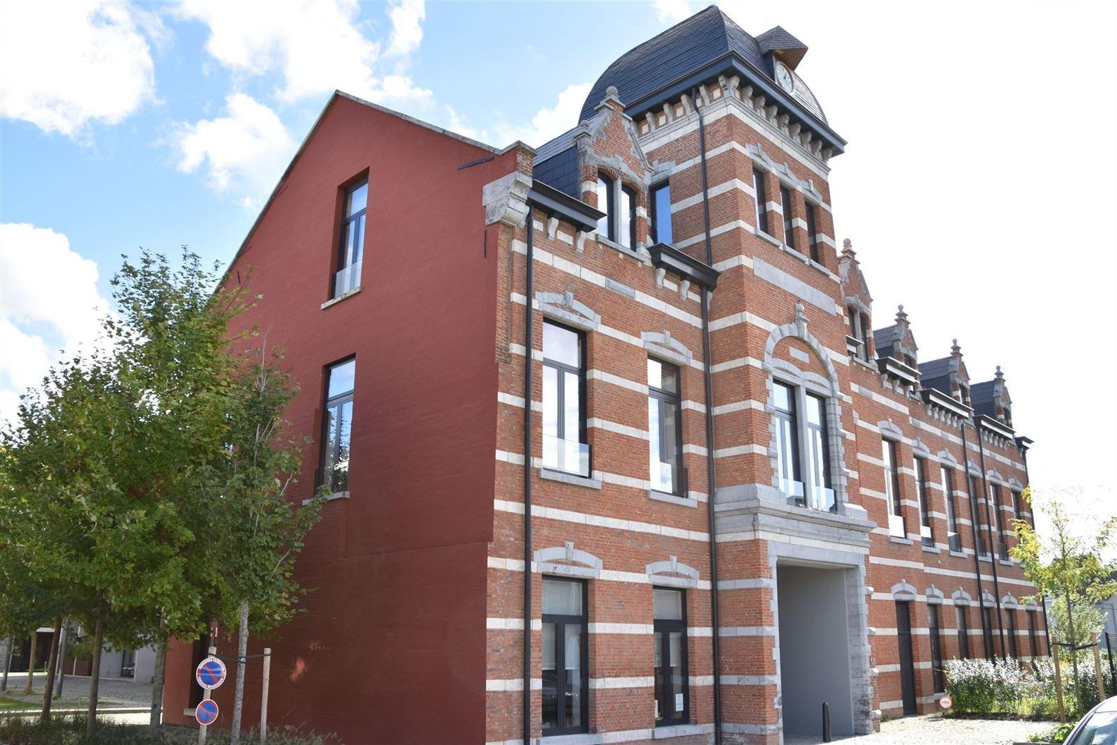 FOTO'S 24 : Appartement te 1651 LOT (België) - Prijs € 295.000