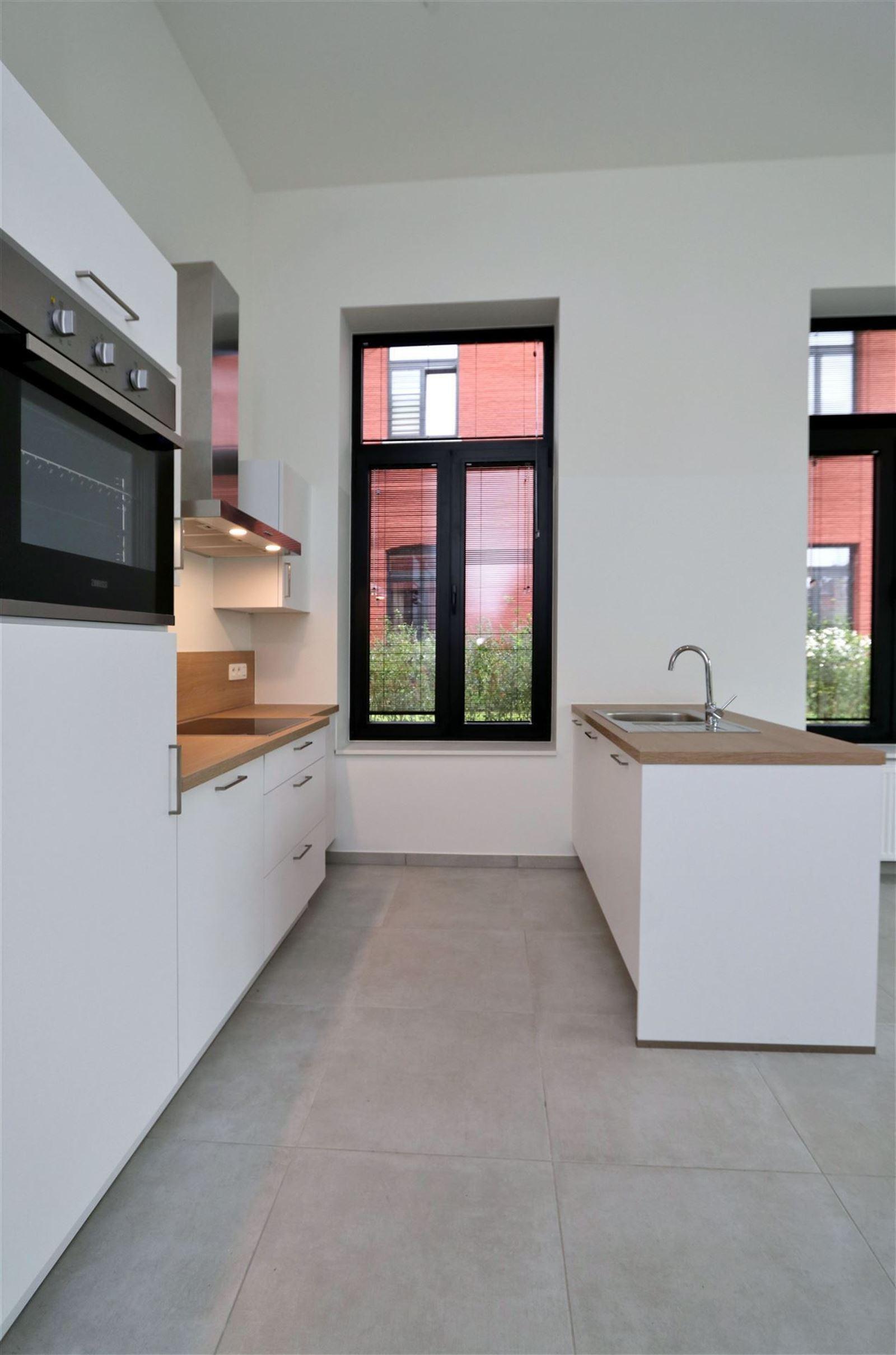 FOTO'S 8 : Appartement te 1651 LOT (België) - Prijs € 295.000