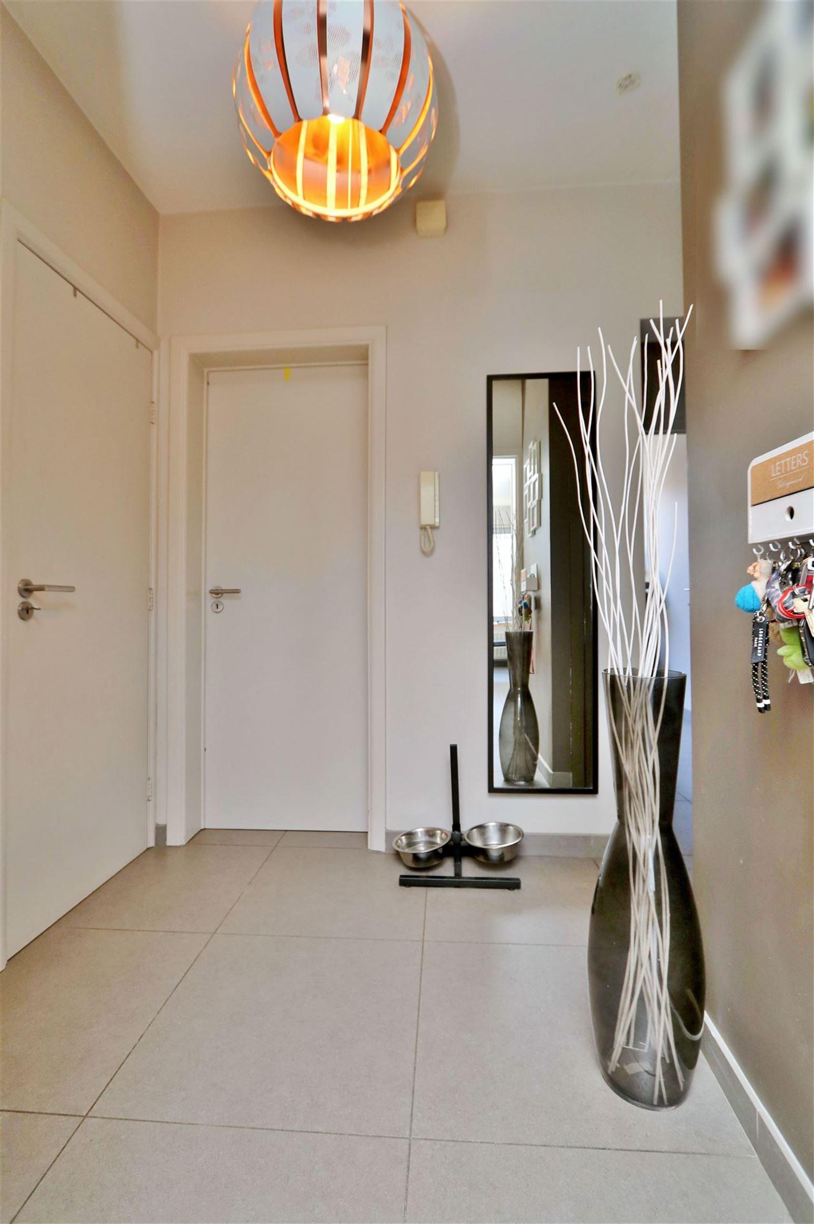 FOTO'S 9 : Appartement te 1650 BEERSEL (België) - Prijs € 880