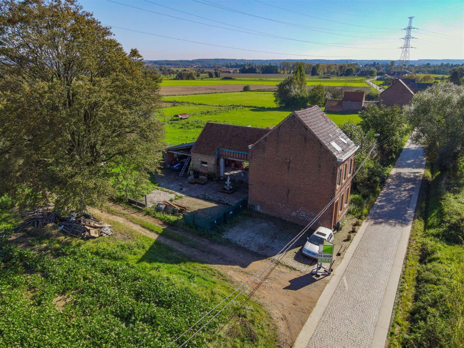 FOTO'S 4 : Woning te 1600 SINT-PIETERS-LEEUW (België) - Prijs € 410.000