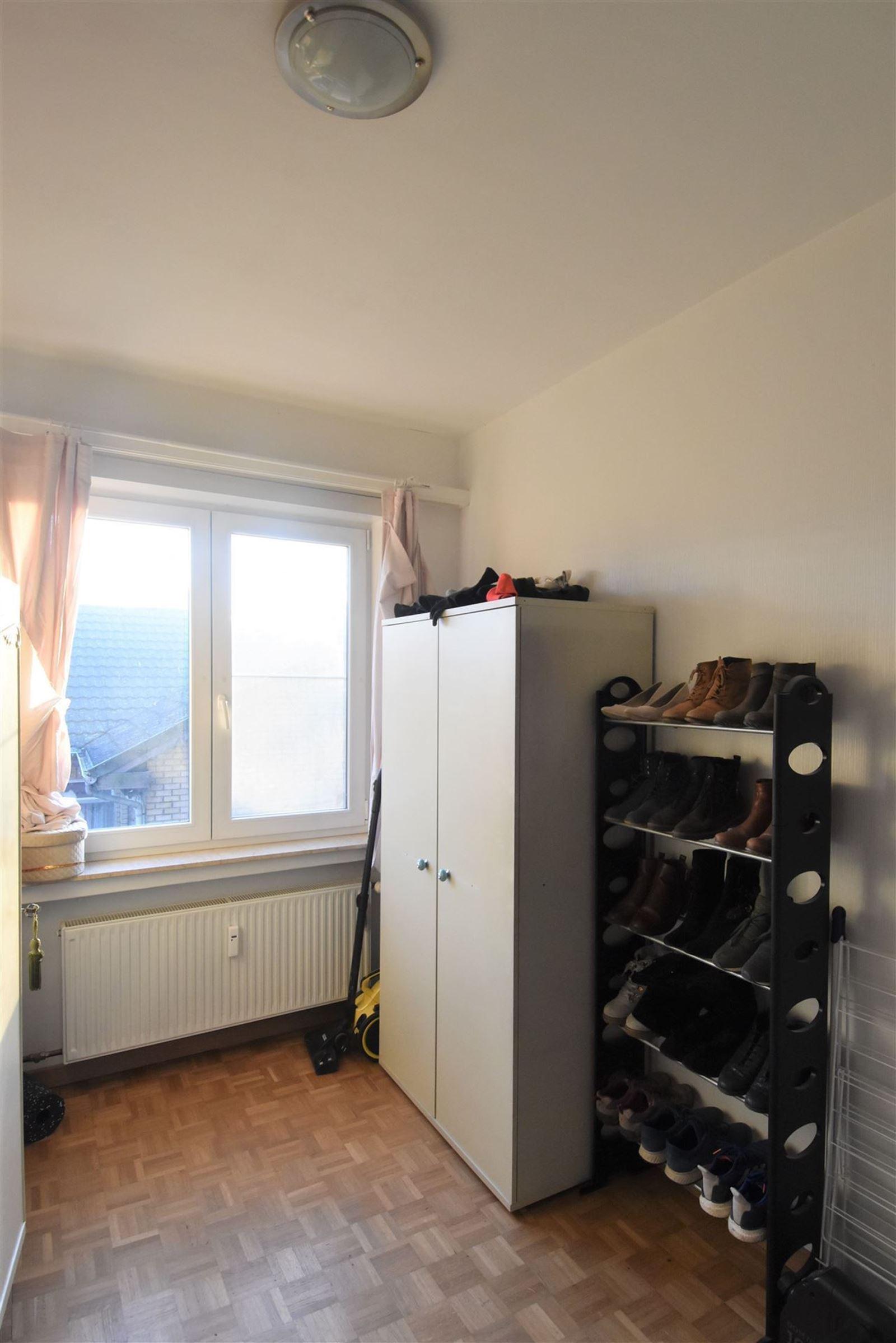 FOTO'S 22 : Appartement te 1651 LOT (België) - Prijs € 245.000