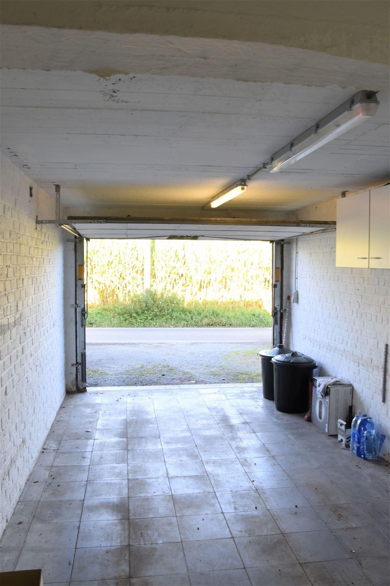 FOTO'S 27 : Appartement te 1651 LOT (België) - Prijs € 245.000