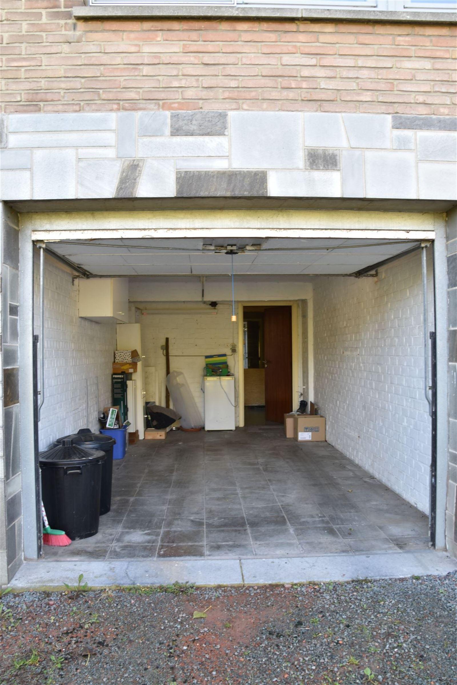 FOTO'S 28 : Appartement te 1651 LOT (België) - Prijs € 245.000