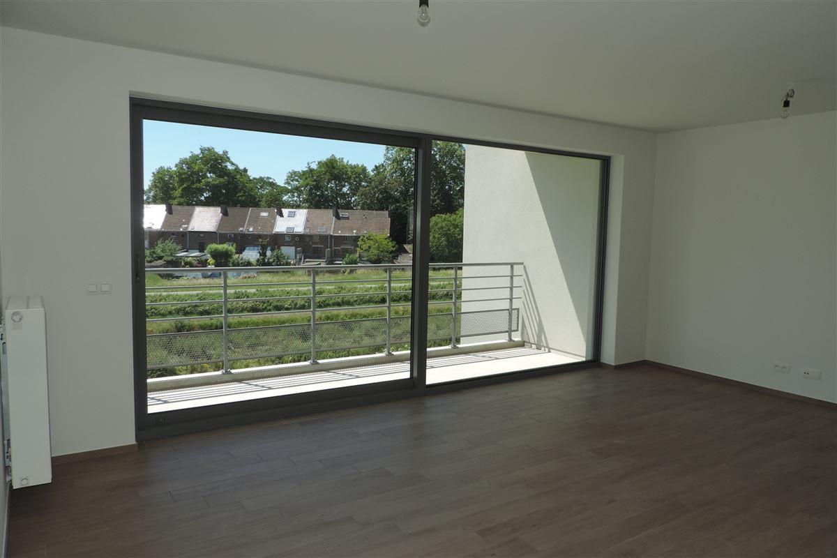 Image 3 : Appartement à 7000 MONS (Belgique) - Prix 750 €