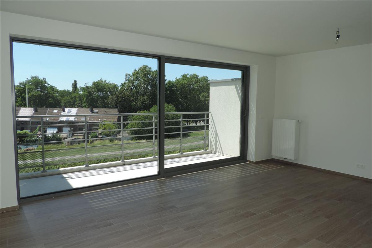 Image 3 : Appartement à 7000 MONS (Belgique) - Prix 830 €