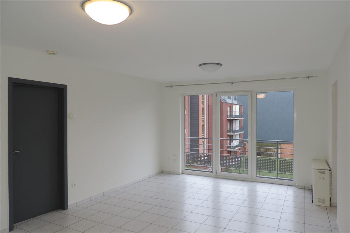 Image 2 : Appartement à 7000 MONS (Belgique) - Prix 700 €