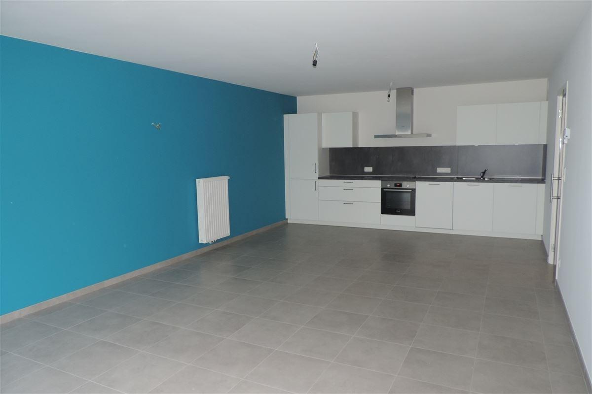 Image 2 : Appartement à 7000 MONS (Belgique) - Prix 750 €
