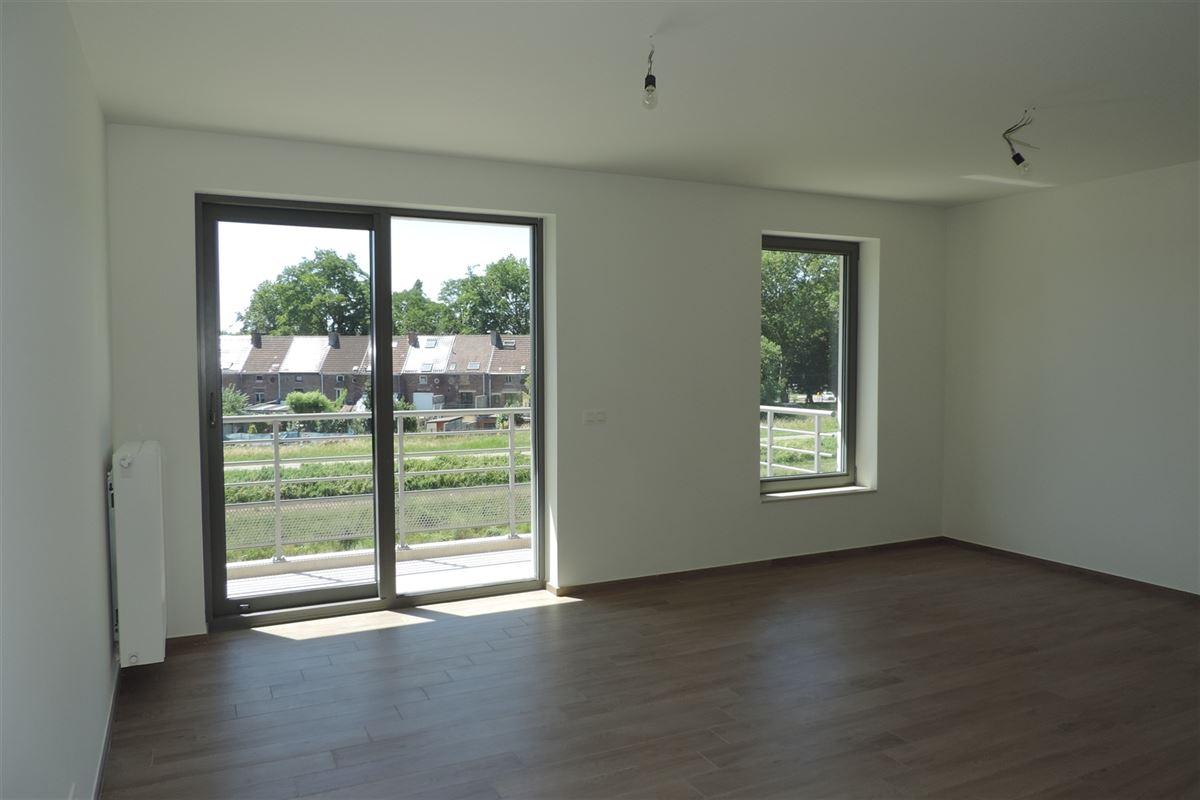 Image 2 : Flat/studio à 7000 MONS (Belgique) - Prix 545 €
