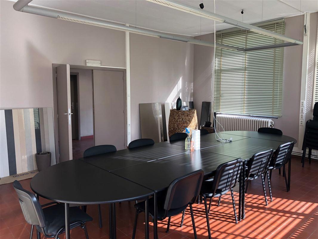 Image 2 : Bureaux à 7330 SAINT-GHISLAIN (Belgique) - Prix 18 €